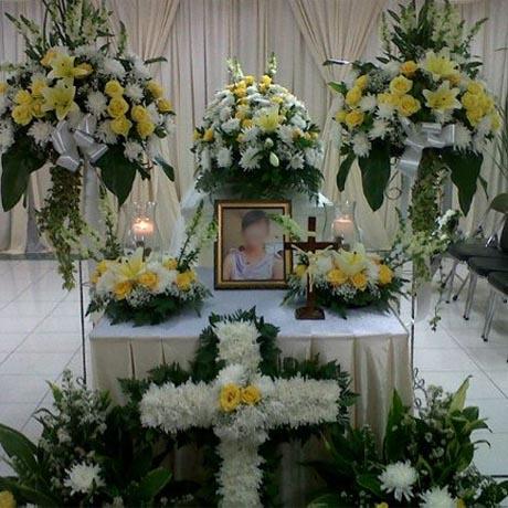 Dekorasi Altar